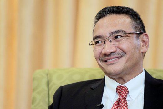 PUTRAJAYA 10 MAY 2016. Naib Presiden UMNO merangkap Menteri Pertahanan, Datuk Seri Hishammuddin Hussein. NSTP/NUR ADIBAH AHMAD IZAM